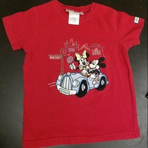 Disney Embroidered Mickey & Minnie T-shirt xs